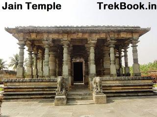 Jain temple nearby Kedareshwara temple