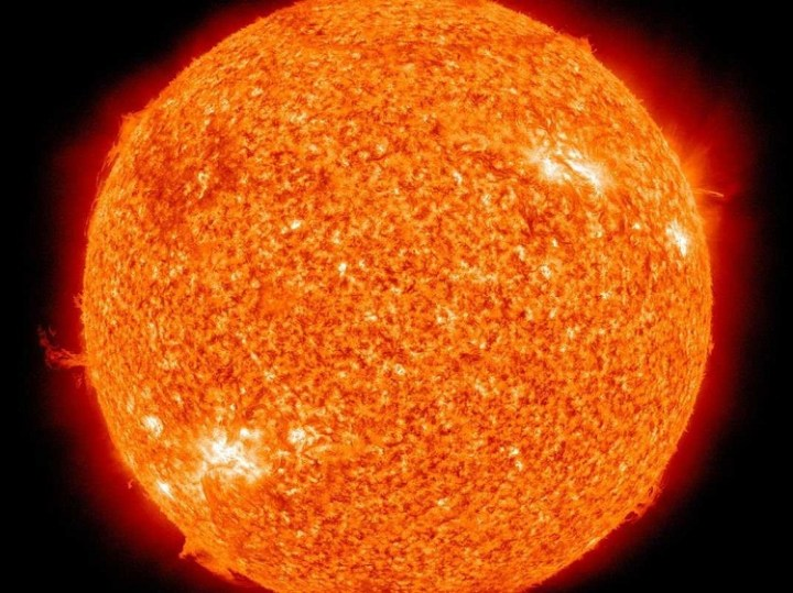 Photon takes 40,000 years to travel from core of sun to surface
