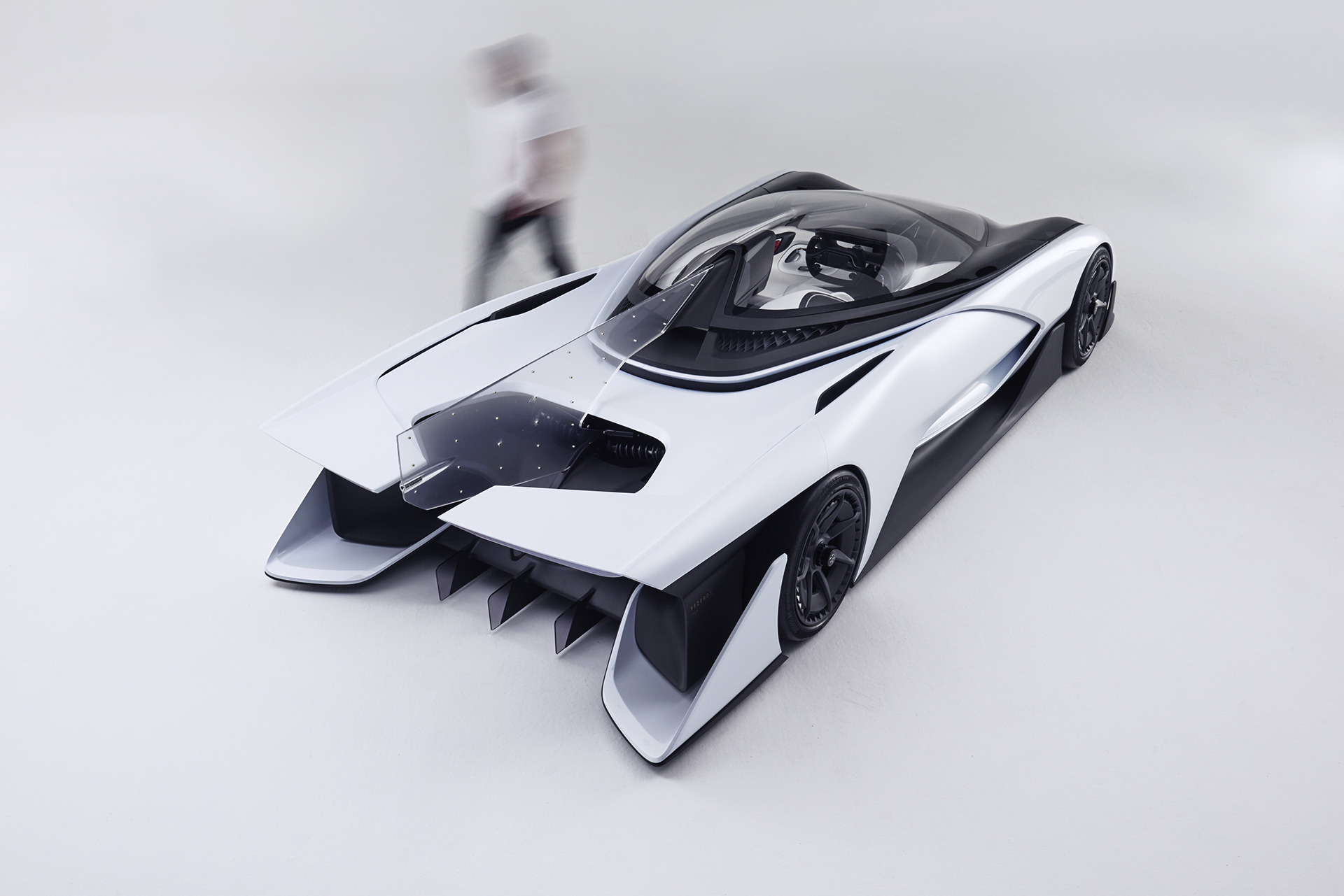 Faraday Future Shaked Hands With LG Chem