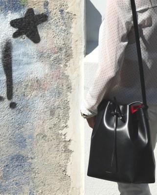 Street Style | Nina Papaioannou Androgynous Mansur Gavriel bucket flamma TrendSurvivor04