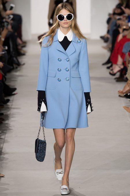 Пальто модного цвета серинити Michael Kors Collection