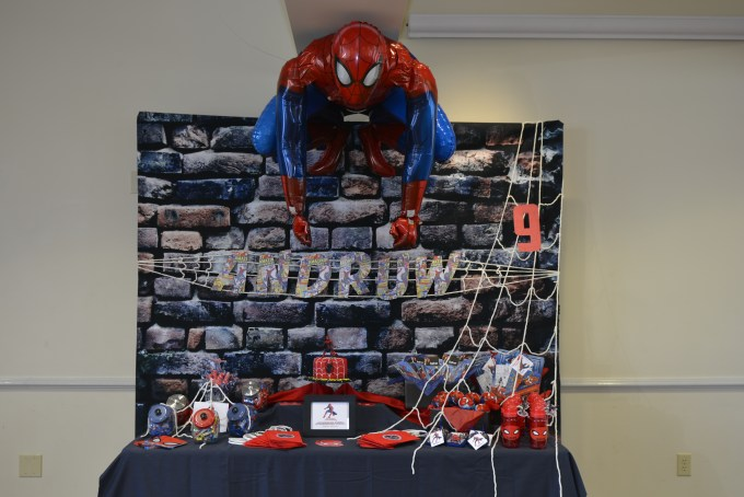 amazing super hero candy station