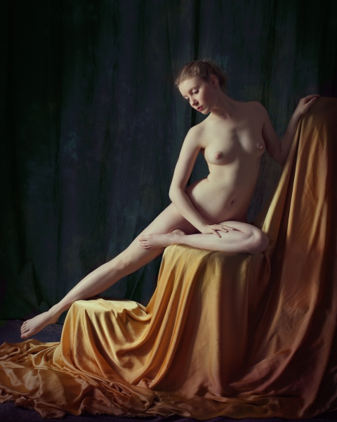 Folded Nude VI (Lulu), James Hall