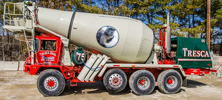 helping-hands-monkey-helpers-concrete-truck-4
