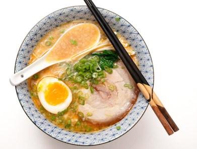 20120227-tonkotsu-ramen-broth-pork-fat-26-thumb-625xauto-222069