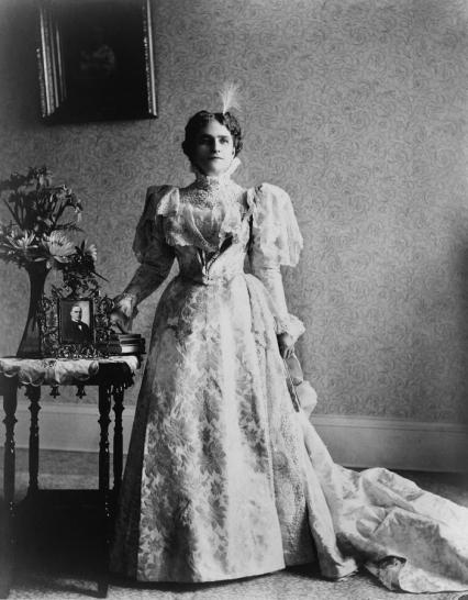 first-lady-ida-saxton-mckinley-everett