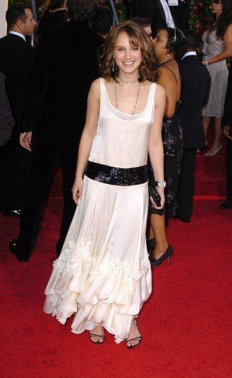 Natalie-Portman-Retro-Dress-2005-Golden-Globes