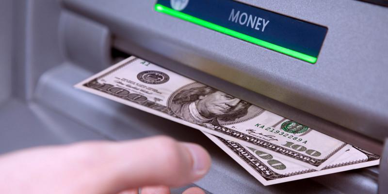 dollar-comprar-dinheiro-cambio-alta-orlando-eua-brasil