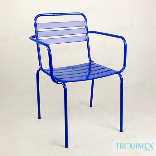 Wrought iron outdoor coffee chair
