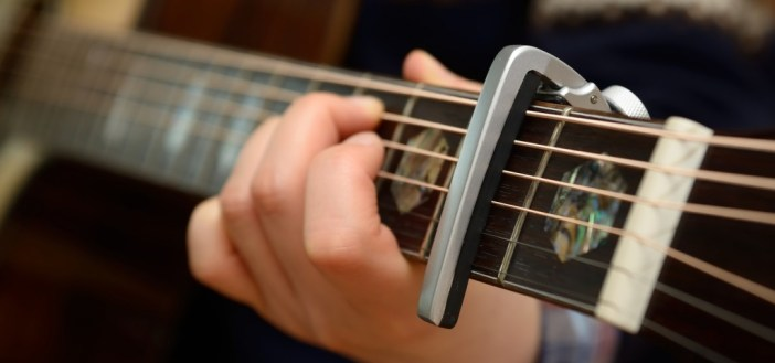 Shift scales with a capo