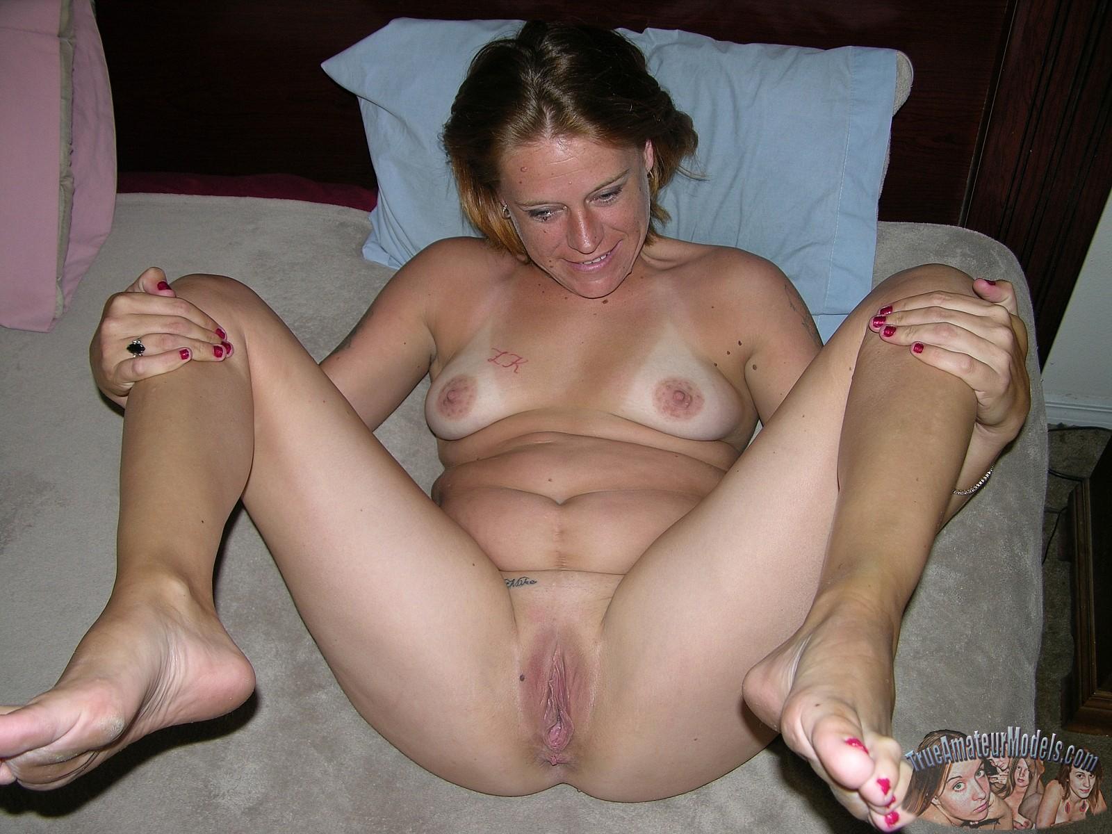 mature italian women nude spreading