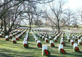 USMC-Arlington Cemetary Wreaths