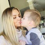 Trus kissesgtgtgt TrumanJonThompson mamasboy