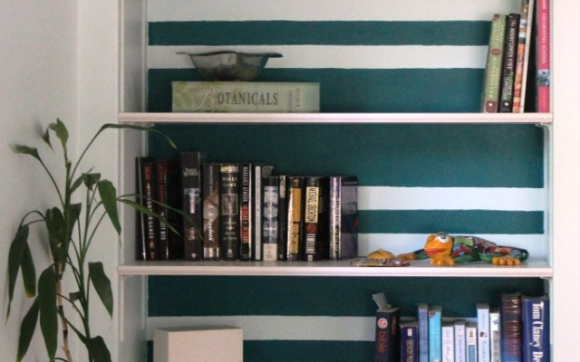 An Honest Discussion on Styling Bookshelves & Being Real