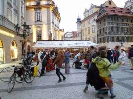 ストリートパフォーマー:プラハ