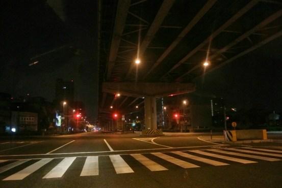 深夜の交差点