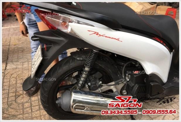 Shop chuyên cung cấp dàn áo sh ý Version 3 cho xe SH VN 125i 150i giá cực rẻ Liên Hệ:09.3434.5585