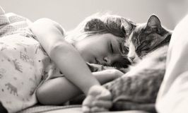Consejos prácticos: la mejor postura para dormir