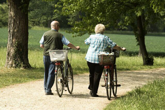 Mayores Paseo en Bicicleta