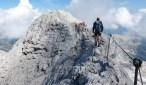 El ascenso por la Vía Ferrata solo es posible con botas de montaña con puntas de hierro.