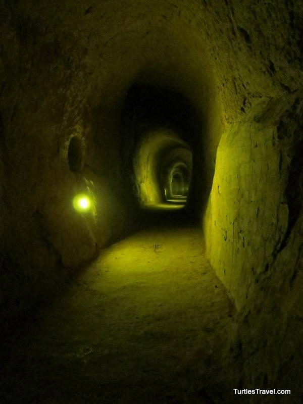 Zhang Bi Tunnels