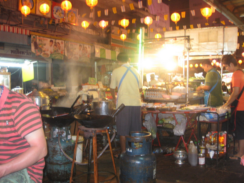 Makeshift Restaurant in Chinatown of Bangkok
