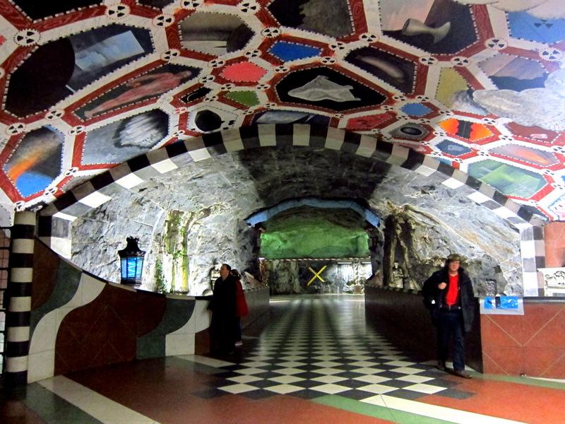 Kungstragarden stockholm subway art