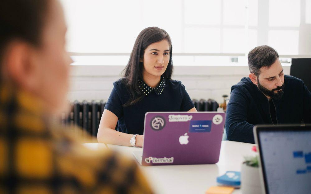 Há diversos tipos de entrevistas que um UX pode fazer. O objetivo é captar o máximo de informações das necessidades do cliente / usuário final.