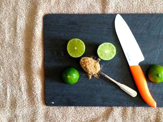sliced lime, sugar
