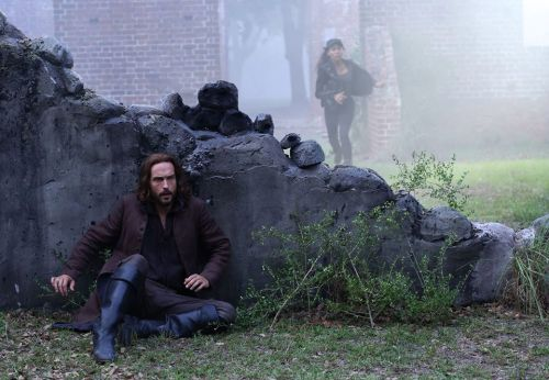 Sleepy Hollow: Abbie and Ichabod search for sword