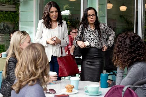 Abbie and Lyla deal with some gossipers on Girlfriends' Guide to Divorce.