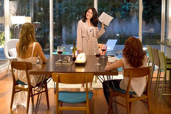 Abby shares her writing ideas with Phoebe and Jo on Girlfriends Guide to Divorce.