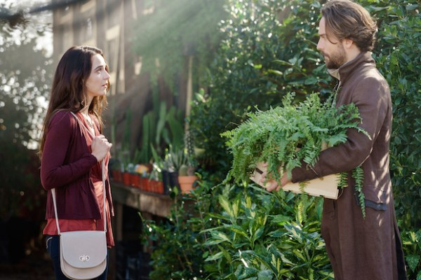 Zoe and Ichabod Crane talk at a plant nursery on Sleepy Hollow.