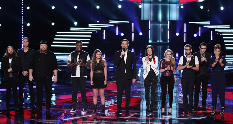 "THE VOICE -- ""Live Show"" Episode 515B -- Pictured: (l-r) Cole Vosbury, Ray Boudreaux, Austin Jenckes, Matthew Schuler, Jacquie Lee, Carson Daly, Kat Robichaud, Caroline Pennell, Will Champlin, James Wolpert, Tessanne Chin -- (Photo by: Tyler Golden/NBC)"