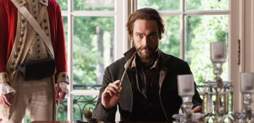 SLEEPY HOLLOW: Ichabod Crane (Tom Mison) in the ÒWhispers In The DarkÓ episode of SLEEPY HOLLOW airing Thursday, Oct. 8 (9:00-10:00 PM ET/PT) on FOX.  ©2015 Fox Broadcasting Co. CR: Tina Rowden/FOX