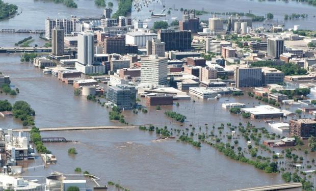 flooding-iowa-2008