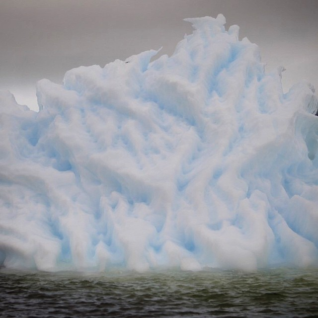 Okay y'all! One final shot of another mind-blowingly cool iceberg…