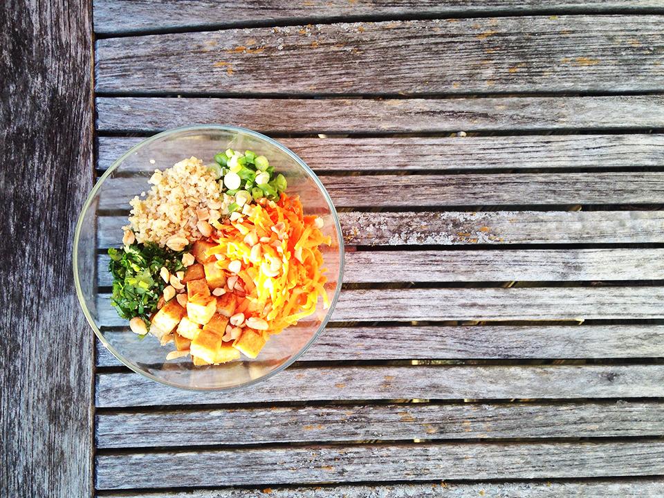 thai tofu quinoa bowls 16