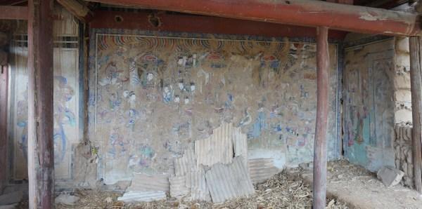 nainai miao partially effed up interior