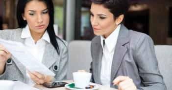 kobiety biznesu przy kawie
