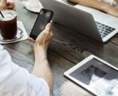 Jak zaplanować transmisję na żywo na Facebooku?