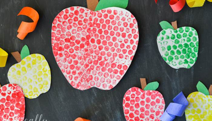 Bubble Wrap Painting Apples Craft
