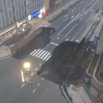 ai_博多駅前通り道路陥没