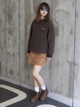 スエードスカート×ビックトレーナー×紐靴