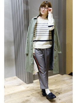 ショップコート×セーター×ラフパンツ