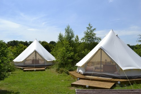 hen-camp