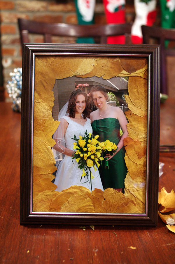 Use the petals from your bridesmaid bouquet to create this picture frame