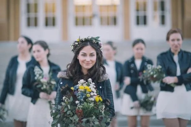 14 Perfect Winter Bridesmaid Looks: Coats