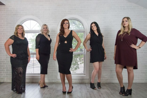 A Drunk in Love Glamorous Bachelorette Bash | Ultimate Bridesmaid | Katie Burnett Photography. Beyonce bachelorette party with champagne, cupcakes and makeovers.
