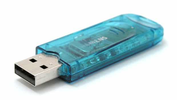 USB Stick Tails